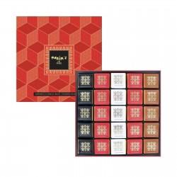 Transparent cardbox of 36 assorted chocolate squares